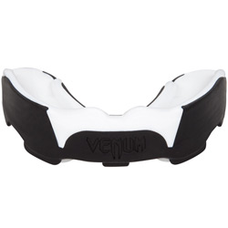 Predator Mouthguard Ice Black